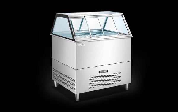雪榚展示柜 (Ice Cream Cabinet)